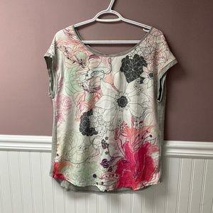 NWT Edista floral top
